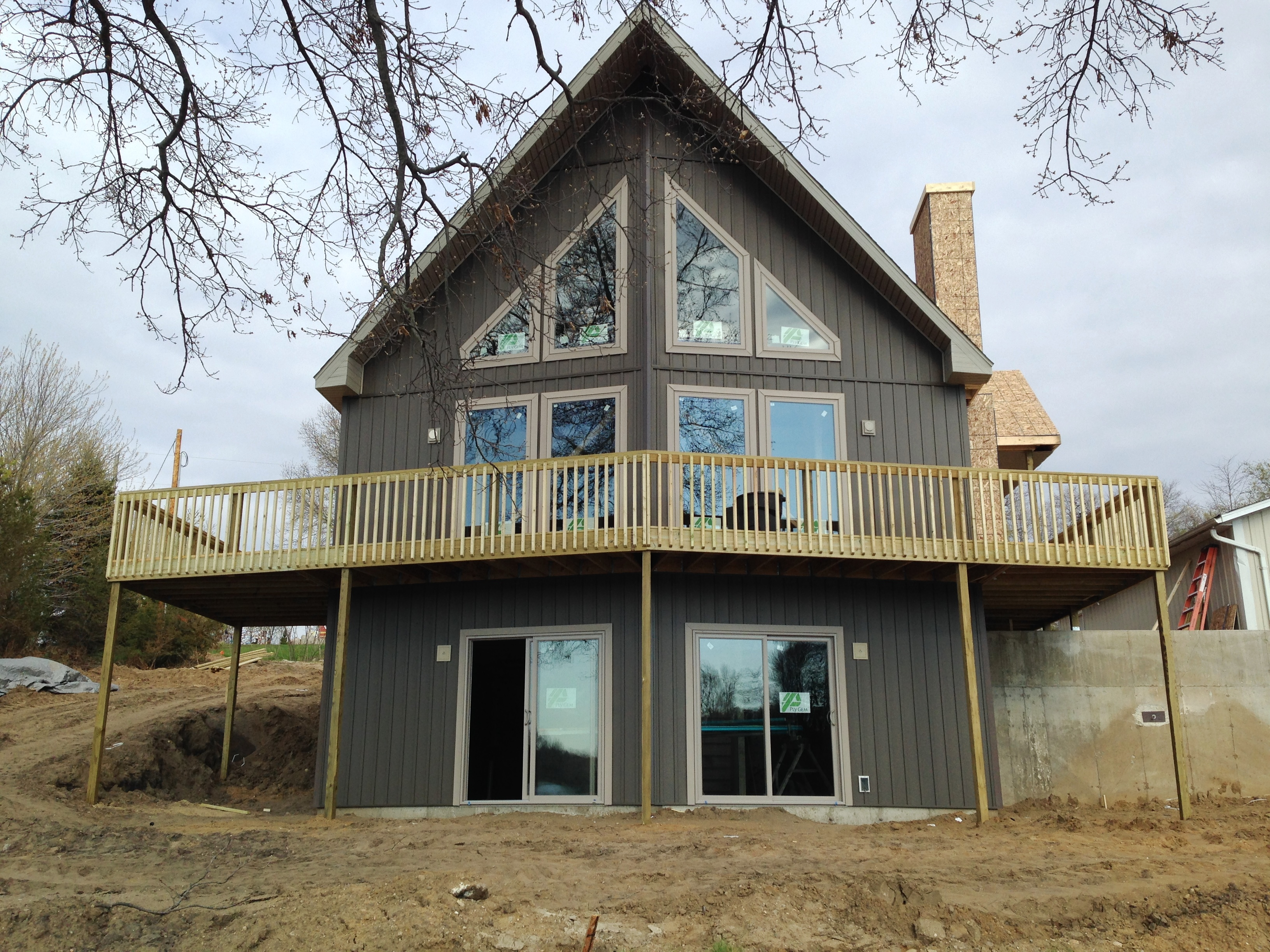 Home Design Ideas Buch: Another Lake Home Coming Together