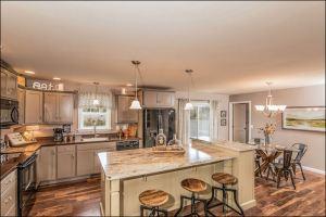 Ritz-Craft Smithtowne home kitchen