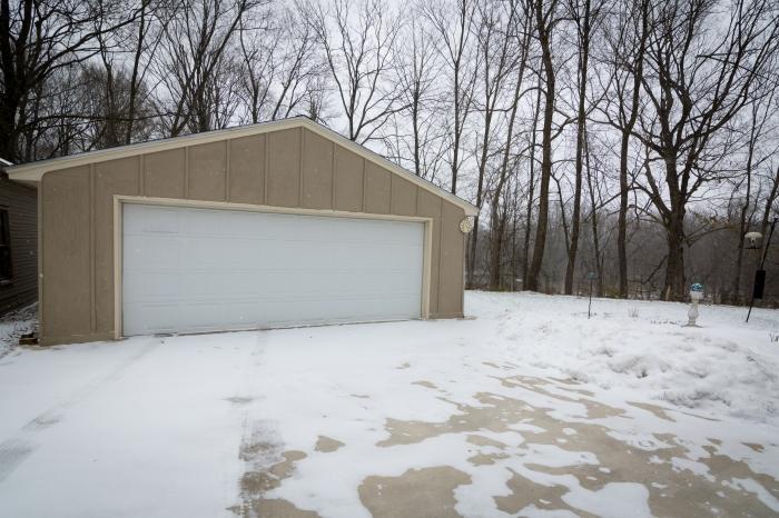 sh-exterior-1-garage